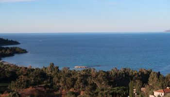 Villa En Vente : 778 000€