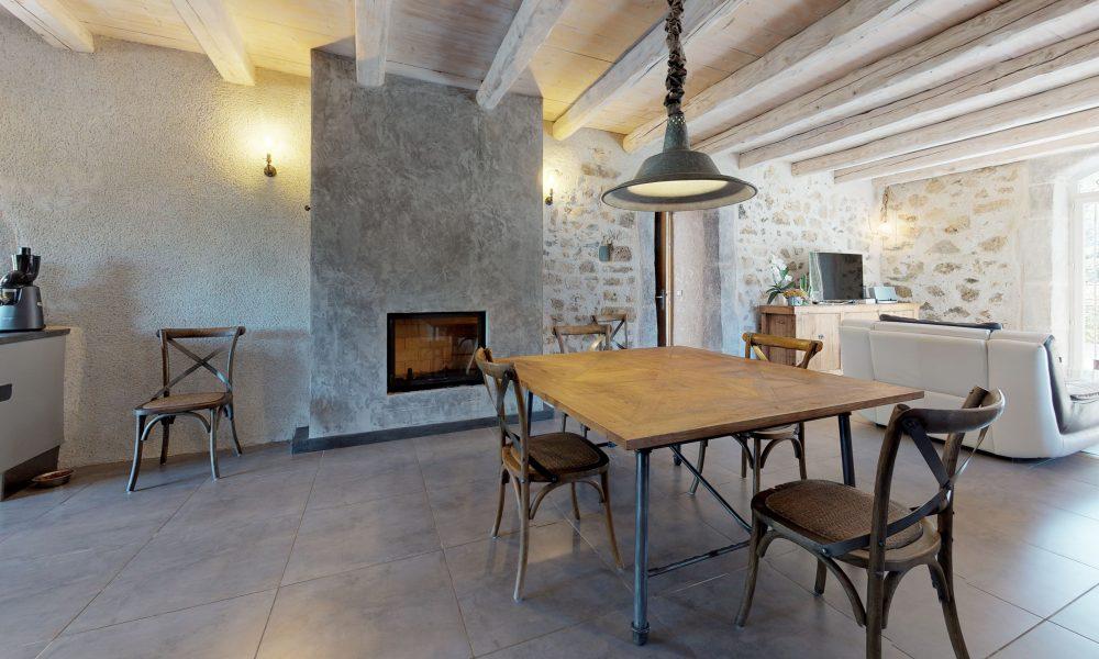 Palasca-Dining-Room